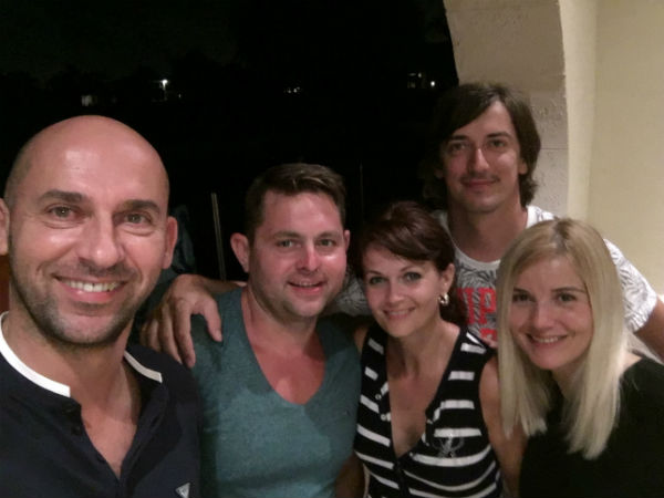 S Klientmi na Miami Beach, Lincoln Road – Maya Tapas Grill + Armani Jeans
